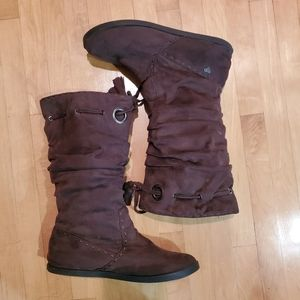 Roxy Soft Brown Suade Boots